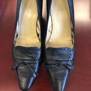 Burberry leather tassel tie pumps size 38